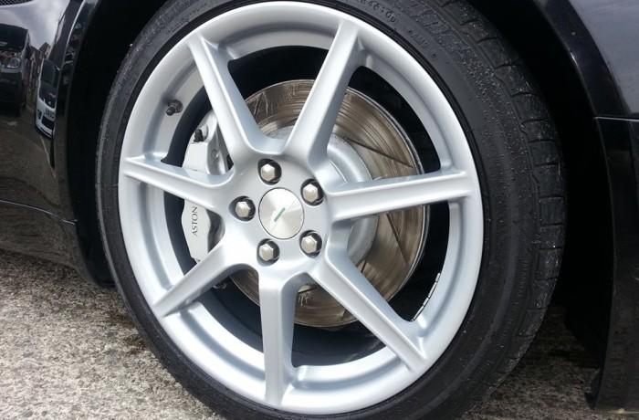 Aston Martin Vantage Wheel Refurbishment